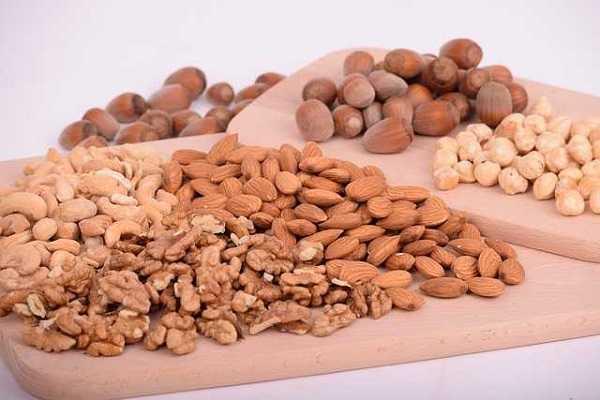 坚果吃得不对,会让你胖得更快。低碳水减肥吃什么坚果最好?