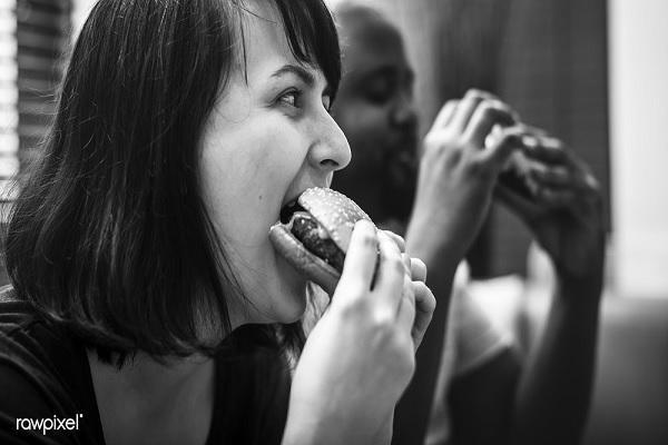 如何停止情绪化进食