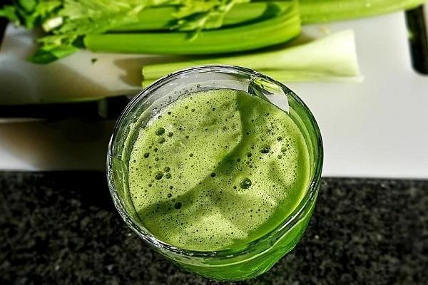 芹菜的作用和功效