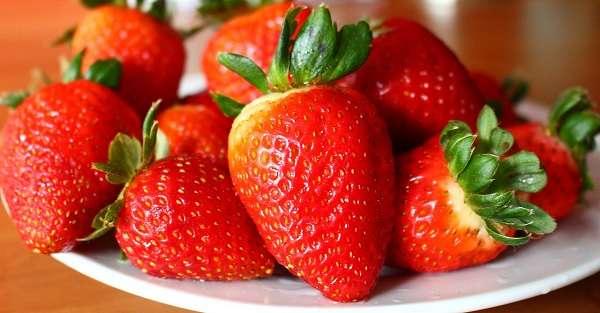 如何挑选和储存草莓